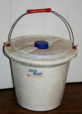 Vintage Minno-Therm Blue Speckle Styrofoam Bait Bucket With Red Plastic Handle