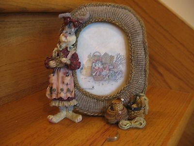 Boyds Picture Frame Wendy Willowhare . . .A Tisket, A Tasket as is free shipping