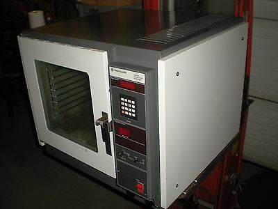 Fisher Scientific Model 282A Laboratory Vacuum Oven - Powers up and Heats