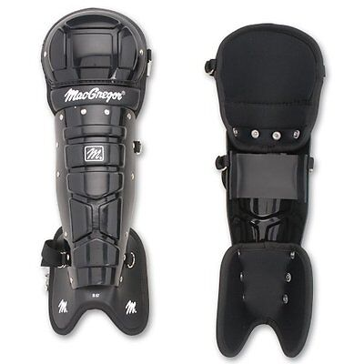 Macgregor Mcb67 Umpire's Leg Guards (Pair)