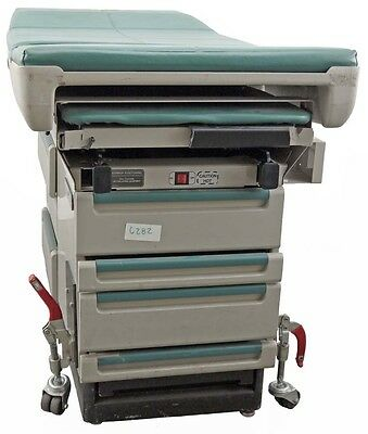 Midmark 404 Medical Examination Tattoo Patient Table Bed