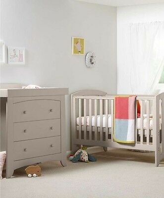 ***Brand New*** Mamas And Papas Cot bed, Mattress And Drawers