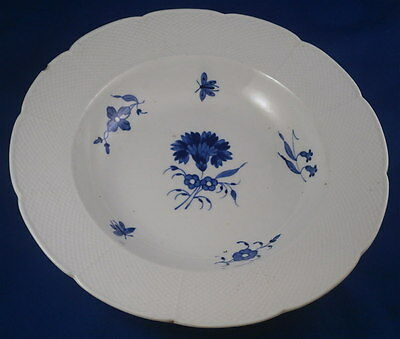 Antique 18thC Chantilly French Softpaste Porcelain Floral Plate Porzellan Teller