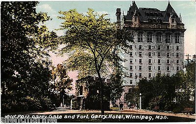 Winnipeg, Man., Old Fort Garry Gate and Hotel, old coloured postcard, unposted