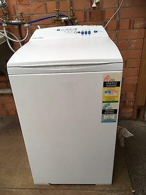 Fisher Paykel 5.5kg washing machine-fully serviced-great condition