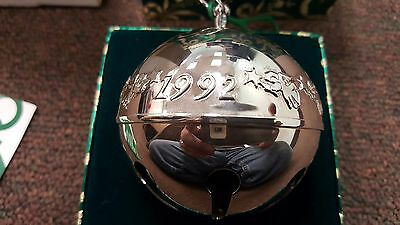 Wallace Silversmith 1992 Annual Christmas Bell