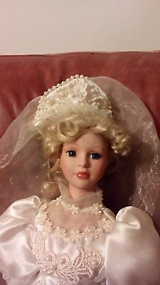 Boxed Knightsbridge Collection beautiful porcelain doll bride