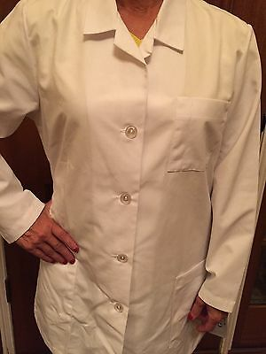 "Women's Meta 1st Quality 3 Pocket Lab Coats 33"" for 13.50ea.Sizes: XS-Large"