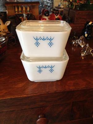Pair of  pyrex snowflake garland 501s great condition