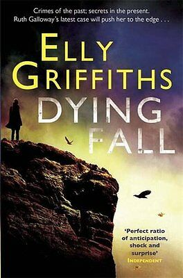 A Dying Fall: The Dr Ruth Galloway Mysteries 5,Elly Griffiths