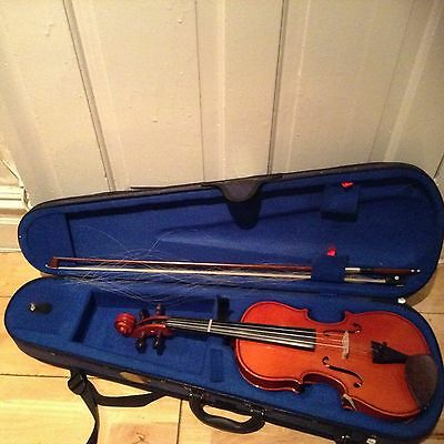 Stentor Student Violin  Used 5-6 Times Size 3/4