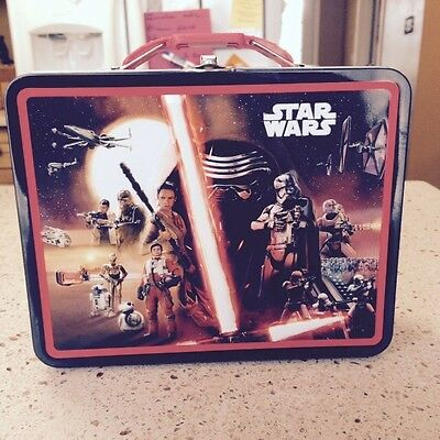 STAR WARS THE FORCE AWAKENS  TIN LUNCH BOX TOTE, CARRY CASE, Brand New