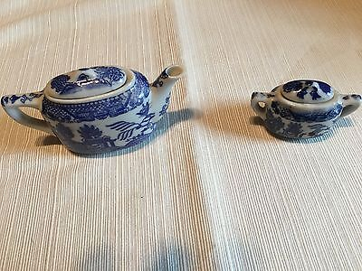 Vintage Blue Willow Childs Teapot And Sugar Bowl Made In Japan
