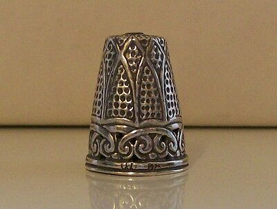 Lovely Decorated Filigree Style 925 Sterling Silver Thimble