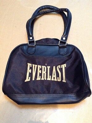 Everlast Small Bag Like New Great For Young Teens