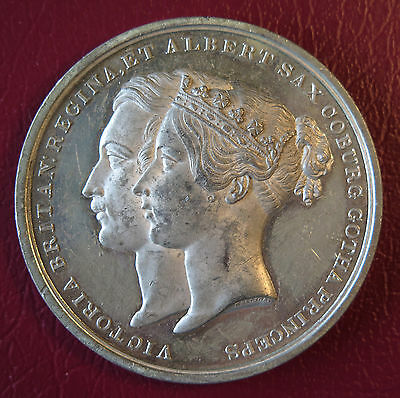 1842 Queen Victoria & Prince Albert New Royal Exchange Medal / Medallion