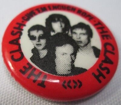 The Clash Vintage Circa 1978 Official CBS Rope Badge Pin Button Punk New Wave