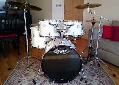 Mapex Horizon Drum Kit with Stool In Excellent Condition