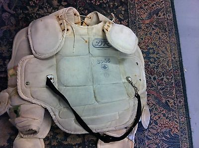 VINTAGE OLD HOCKEY D&R CHEST PROTECTOR & ARM GUARDS Large