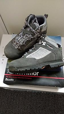 Child's Karimoor Walking Boots Size 11