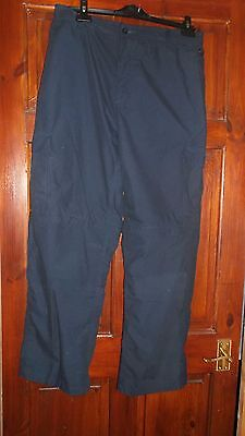 Mens Pro Climate Convertible Walking Trousers / Shorts   Size 36 R in Navy Blue