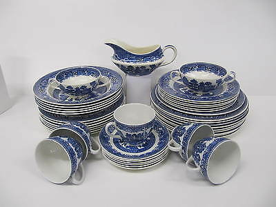 Blue and White Willow Pattern Swinnerton Staffordshire 41 astd peices dinner