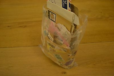 Mixed lot of GB Stamps Franked Unfranked  - 99% COMMEMORATIVE. 330g+