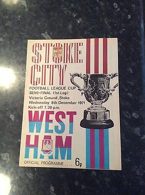 League Cup Semi Final 1971 Stoke City V West Ham United At Stoke