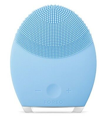 Foreo Facial Cleansing Brush & Anti-Aging Device, For Combination Skin. Rrp £169
