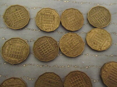 ELIZABETH 11 BRASS THREEPENCE SET  Set 1953 - 1967  ALL 15 DIFFERENT DATES