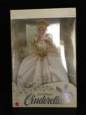 Stunning SE WINTER DREAMS CINDERELLA Doll 1997 Retired MINT CONDITION