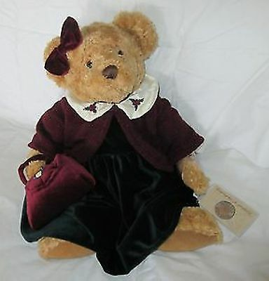 LADY EDWINA Russ Bears Bears of the Past Retired as new condition COA