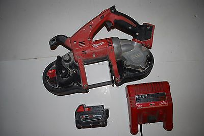 Milwaukee 2629-20 M18™ 18V Cordless Bandsaw with Battery and charger  Boîte de r