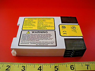Banner AT-FM-10K Safety Relay 24v ac/dc Duo-Touch AT FM 10K 60698 ATFM10K used