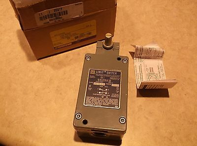 Square D 9007CR53B2 Heavy Duty Limit Switch, 600VAC/DC Voltage Rating, 10 Amps