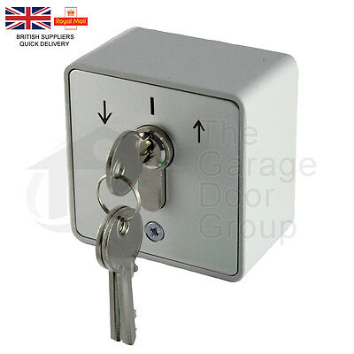 Roller Shutter Key Switch IP54 - 16 amp Industrial Shutter Door Loading Bay Door