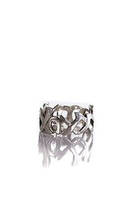 Tiffany & Co. sterling silver Paloma Picasso love and kisses band Size 7.5