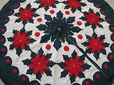 Hawaiian quilt  CHRISTMAS TREE SKIRT 100% hand quilted/appliquéd POINSETTIA 60""