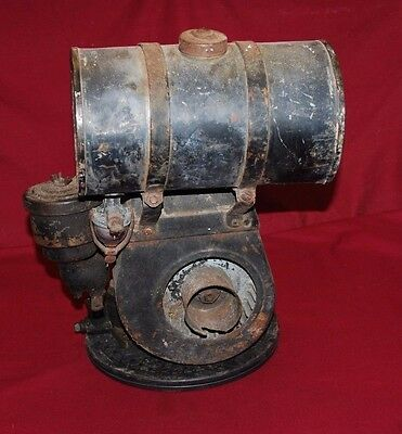 Briggs & Stratton Model 8 Gas Engine Motor Flywheel Spark 2