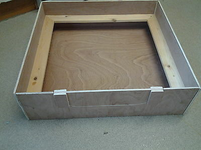 "WHELPING BOX 25"" X 30"" X 12"" 9ml Weatherproof Ply Re-Usable partially assembled"