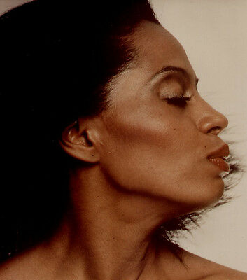Diana Ross UNSIGNED photo - H4087 - STUNNING!!!!!