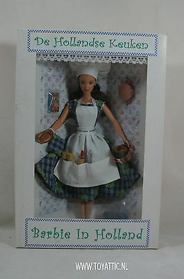 Barbie convention doll Barbie in Holland from 2001 The Dutch Kitchen NRFB