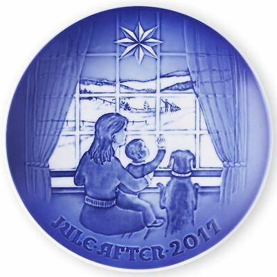 """2017 Bing & Grondahl Annual Christmas Plate """"Waiting For Dad"""" - New in Box"""