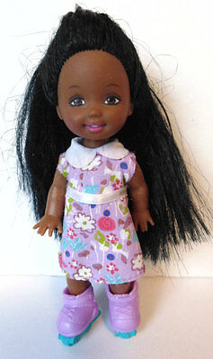 KELLY DOLL - redressed Tamika Roller Skating - loose Barbie sister family - #7