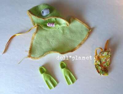 KELLY DOLL CLOTHES Mattel Frog Pool Party Liana flippers towel bathing suit