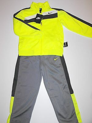 NIKE jacquet & pants 2 pcs new with tags)YELLOW & GREY SIZE 4-BOY