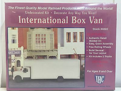IHC, International Box Van, HO Scale 1:87, PLASTIC KIT, #4222