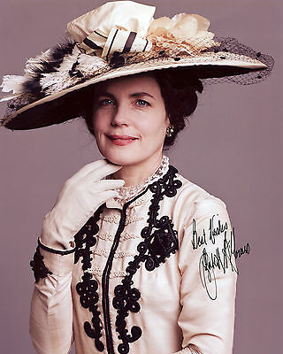Elizabeth McGovern - Cora Crawley - Downton Abbey - Signed Autograph REPRINT