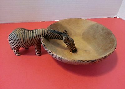 "Beautiful 6 1/2"" Hand Carved Wooden Zebra  Bowl"