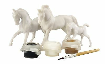 Breyer Horse Family Painting Kit Stablemates